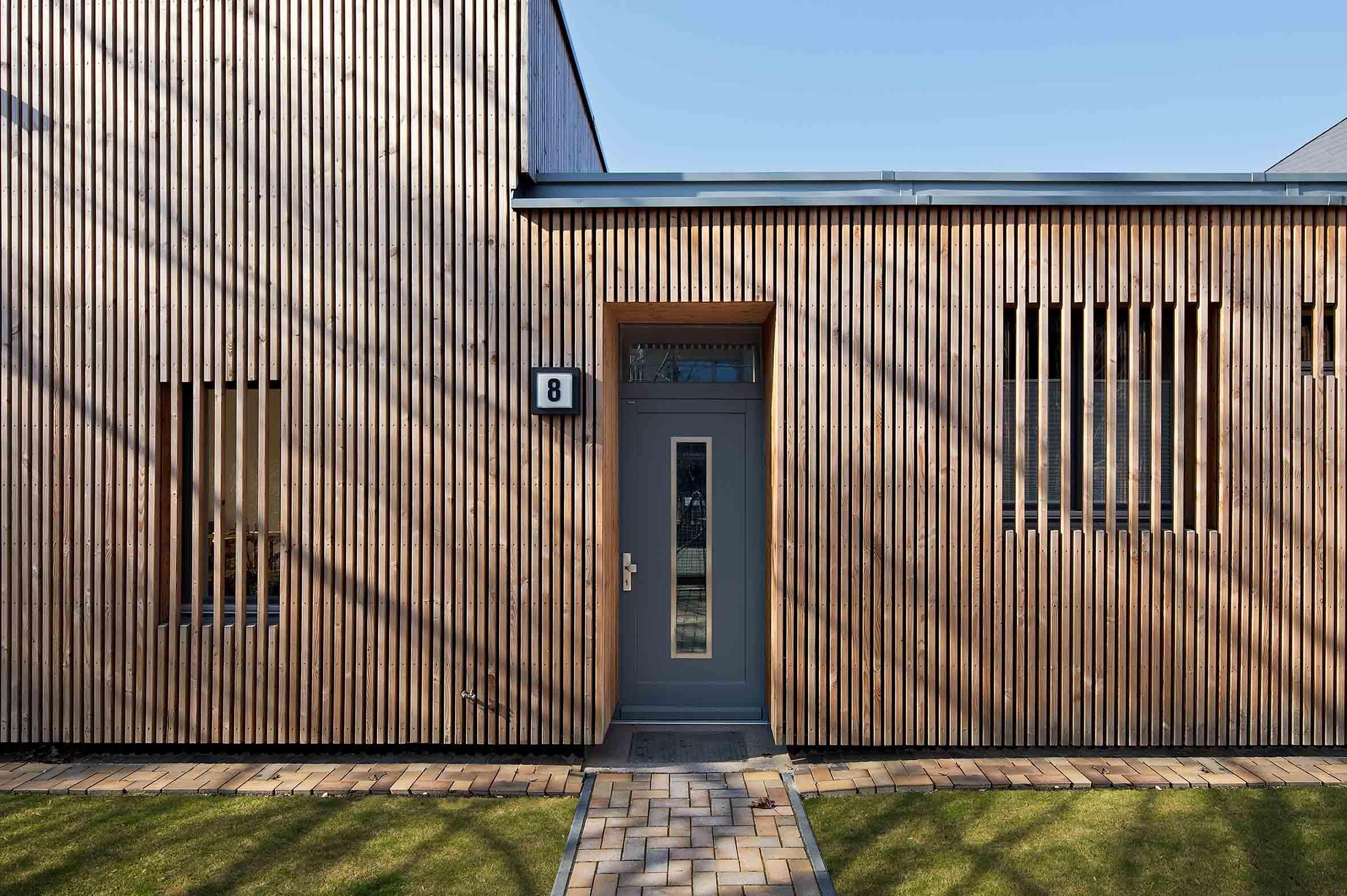 Fassade aus Holzlamellen